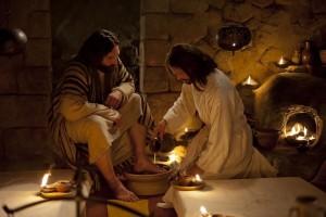 Jesus-washes-feet-Last-Supper-SCH-Mag-r